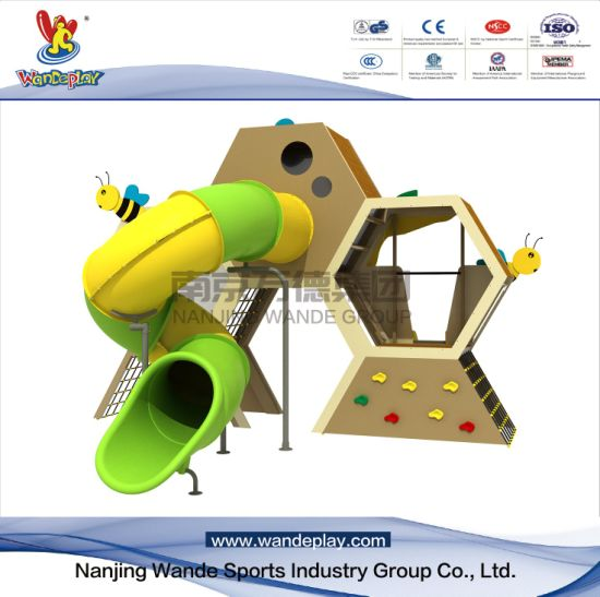 Bee Hive Animal Playset for Children in Amusement Park